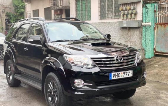 Sell Black 2016 Toyota Fortuner in Manila-1