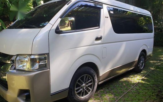 White Toyota Grandia 2016 for sale in Mandaluyong City-3