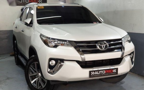 Sell Pearl White 2016 Toyota Fortuner in Manila-6