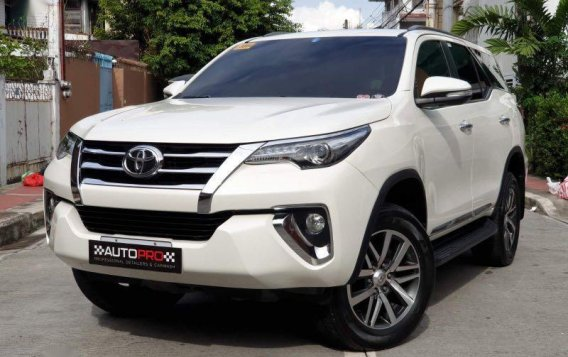 Sell Pearl White 2016 Toyota Fortuner in Manila-5