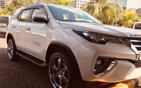 White Toyota Fortuner 2019 for sale in Bacoor-1