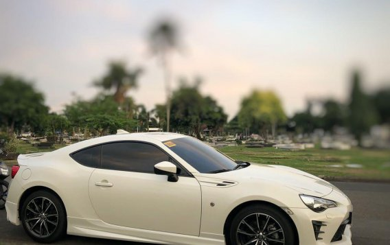 White Toyota 86 2.0 GS 2017 for sale in Quezon