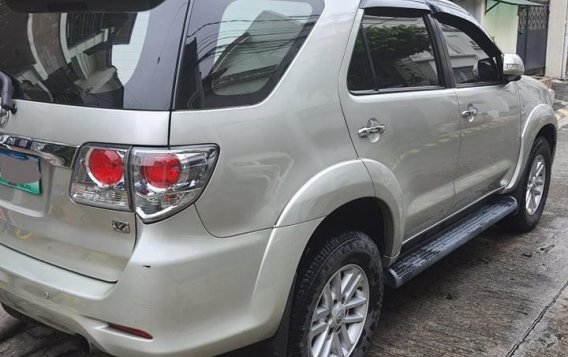 Selling Silver Toyota Fortuner 2014 in Parañaque-4