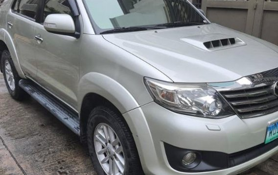 Sell Silver 2014 Toyota Fortuner in Parañaque-2