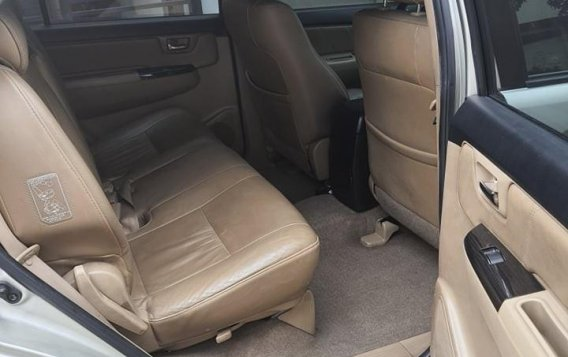Selling Silver Toyota Fortuner 2014 in Parañaque-7