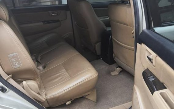 Sell Silver 2014 Toyota Fortuner in Parañaque-6