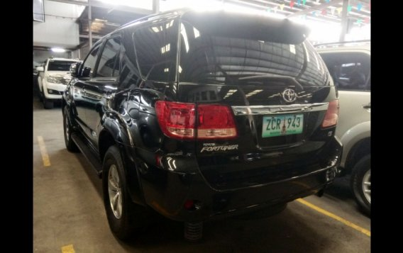 Sell Black 2006 Toyota Fortuner SUV in Manila-3