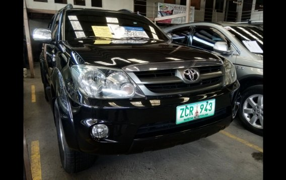 Sell Black 2006 Toyota Fortuner SUV in Manila-2
