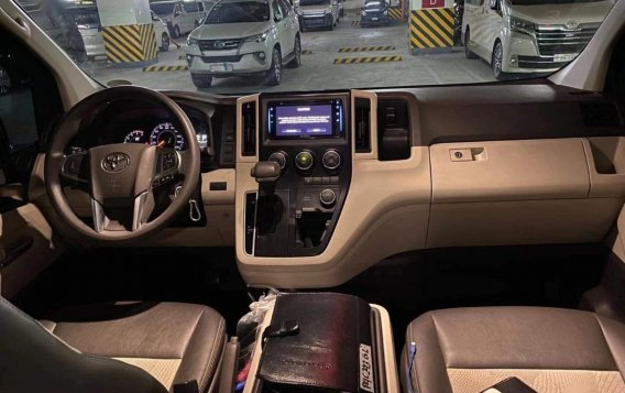 Toyota Hiace gl grandia Auto 2019-5