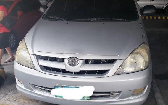 Silver Toyota Innova 2006 for sale in Malabon City