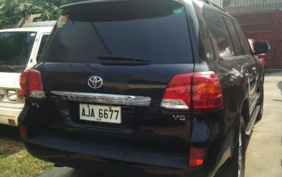 Selling Black Toyota Land Cruiser 2015 in Caloocan-1