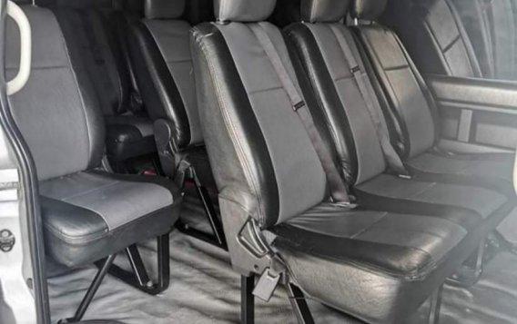 Silver Toyota Hiace Grandia 2013 for sale in Santo Domingo-3