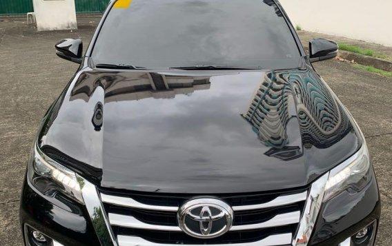 Selling Black Toyota Fortuner 2018 in Taguig-1