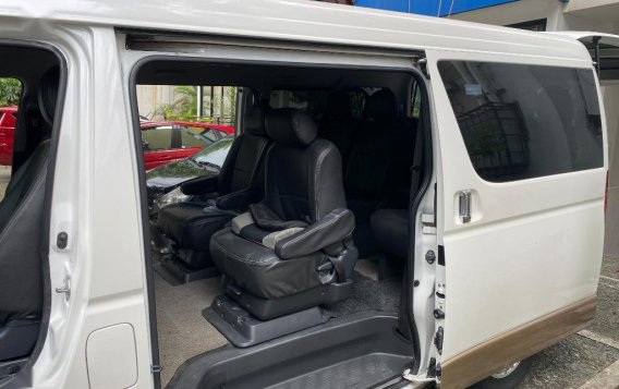 Selling White Toyota Hiace Super Grandia 2014 in Quezon-5