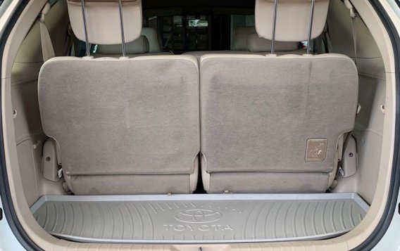 Pearlwhite Toyota Fortuner 2007 for sale in Las Pinas-4