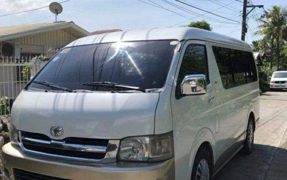 White Toyota Grandia 2006 for sale in Quezon