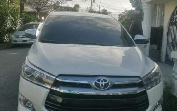 Selling White Toyota Innova 2020 in Las Piñas-2