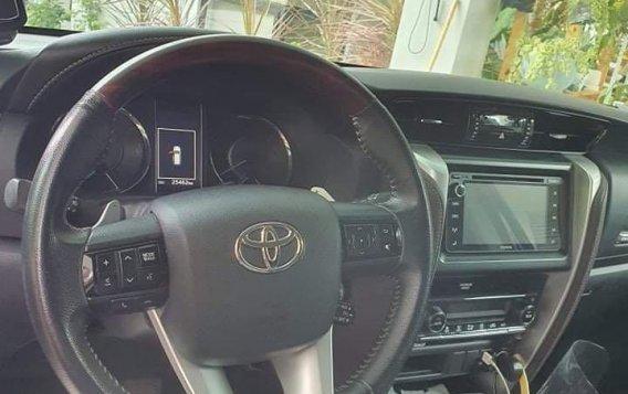 Black Toyota Fortuner 2017 for sale in Cebu-2
