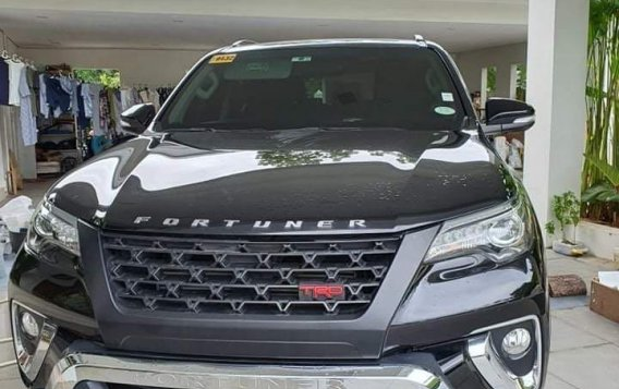 Black Toyota Fortuner 2017 for sale in Cebu-1