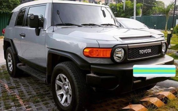 Brightsilver Toyota FJ Cruiser 2019 for sale in Las Pinas-1