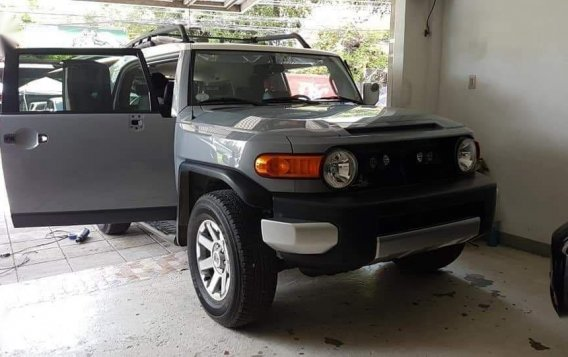 Brightsilver Toyota FJ Cruiser 2019 for sale in Las Pinas-0