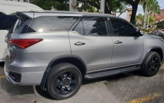 Silver Toyota Fortuner 2017 for sale in Parañaque-1