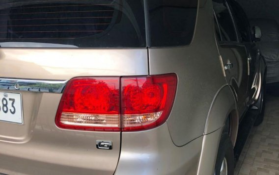 Golden Toyota Fortuner 2007 for sale in Paranaque-3