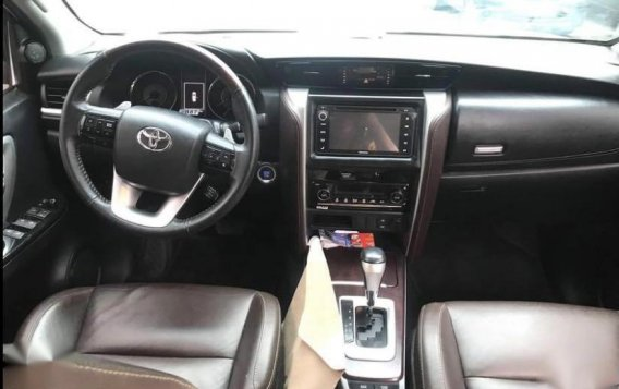 Silver Toyota Fortuner 2017 for sale in Manila-1