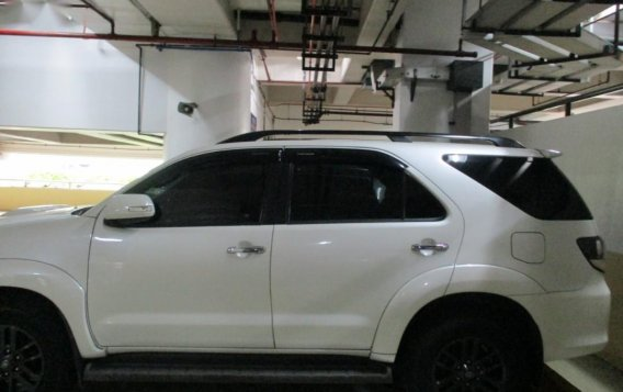 White Toyota Fortuner 2016 for sale in Makati-1