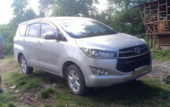 Selling Silver Toyota Innova 2016 in Manila-3