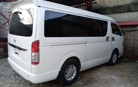 White Toyota Grandia 2010 for sale in Cebu