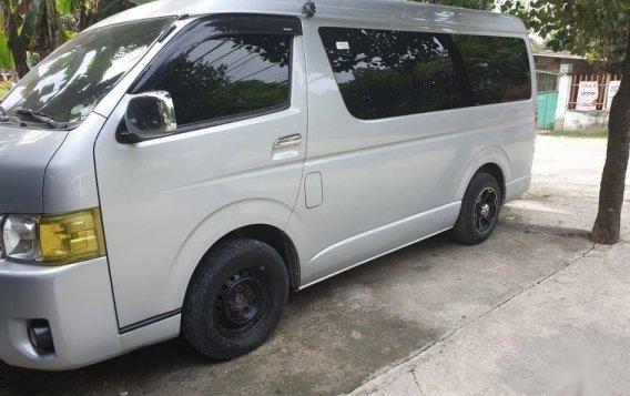 White Toyota Grandia 2017 for sale in Cebu-1