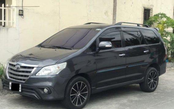 Grayblack Toyota Innova 2016 for sale in Las Piñas