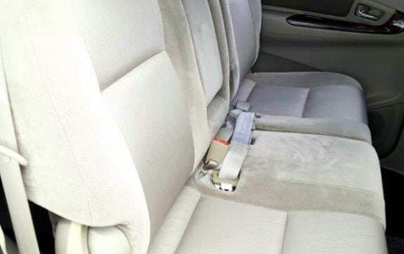 Toyota Innova 2012-7