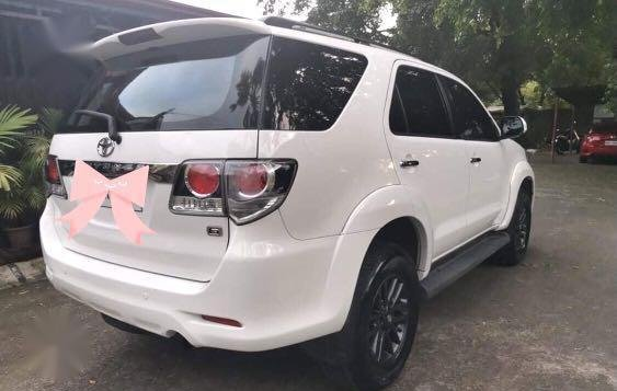 White Toyota Fortuner 2015 for sale in Caloocan-3