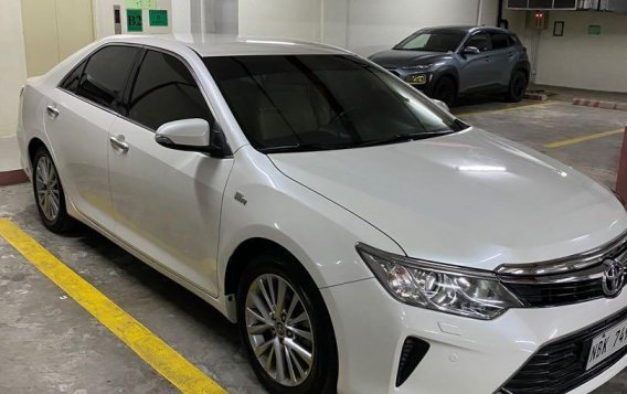 Selling Pearlwhite Toyota Camry 2018 in San Juan-3