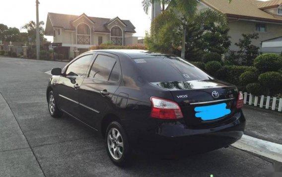 Toyota Vios 1.3E Auto 2010-1