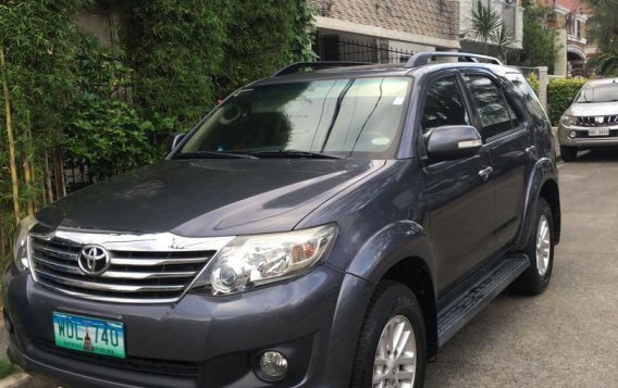 Grey Toyota Fortuner 2014 for sale in Pasig-3