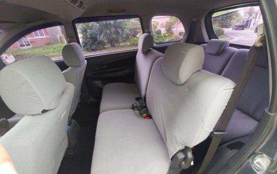Selling Silver Toyota Avanza 2014 in Manila-1