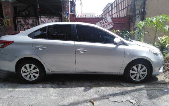 Selling Brightsilver Toyota Vios 2008 in Makati