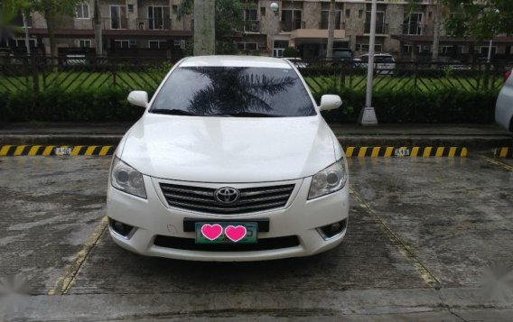 Selling White Toyota Camry 2010 in Bacolod-3