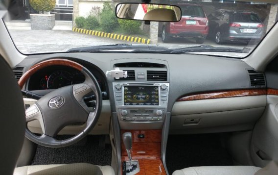 Selling White Toyota Camry 2010 in Bacolod-6