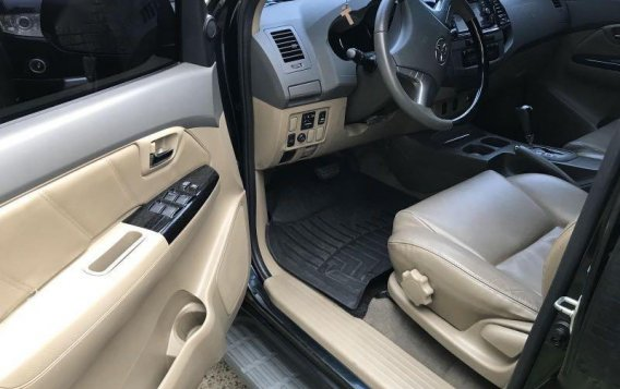 Black Toyota Fortuner 2013 for sale in Quezon-2