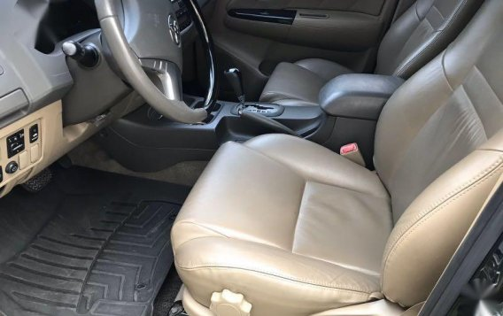 Black Toyota Fortuner 2013 for sale in Quezon-7