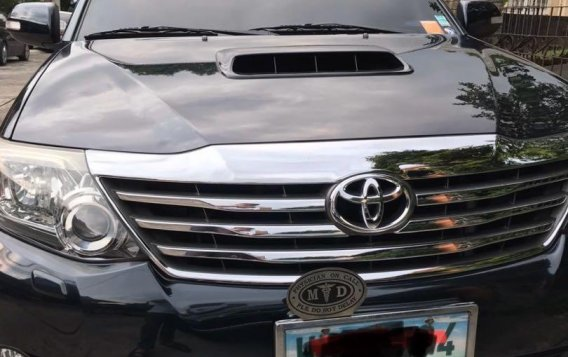 Black Toyota Fortuner 2013 for sale in Quezon