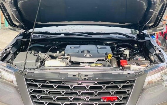 Silver Toyota Fortuner 2017 for sale in Manila-5