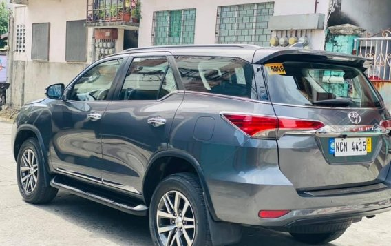 Silver Toyota Fortuner 2017 for sale in Manila-7