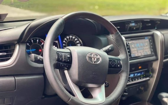Silver Toyota Fortuner 2017 for sale in Manila-3