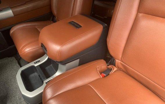 Toyota Sequoia 2010-5