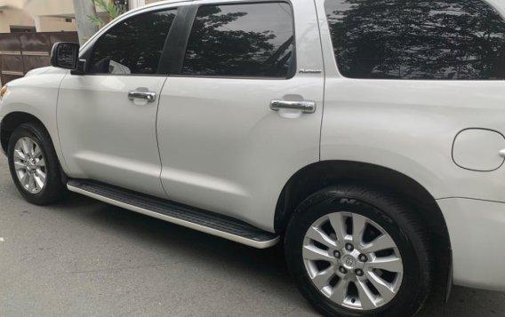 Toyota Sequoia 2010-2